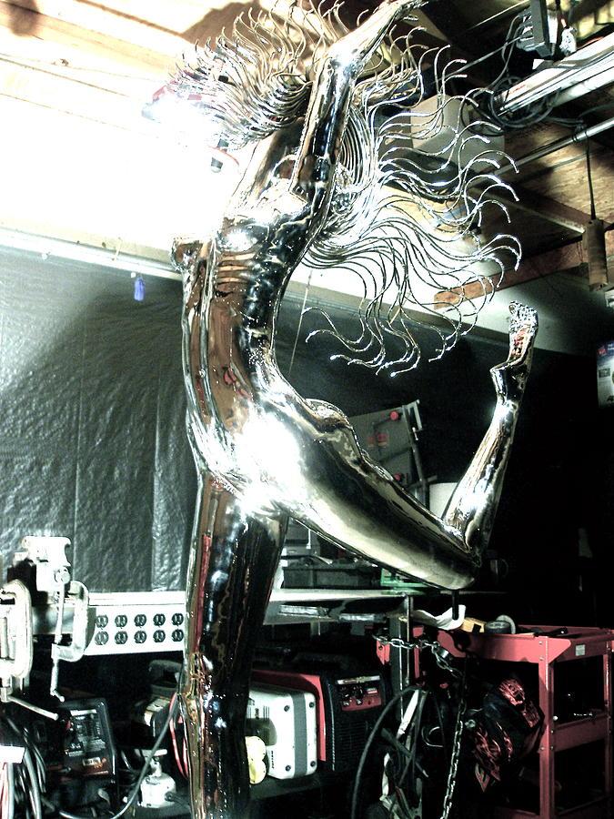 Nude Figure Sculpture - Divina Natura Figure 1 by Greg Coffelt