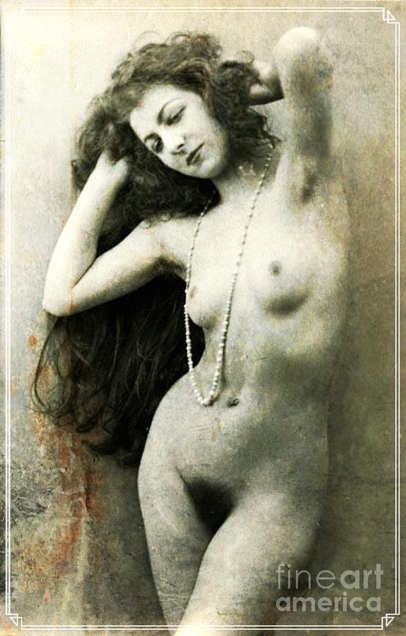 Vintage Digital Art - Digital Ode To Vintage Nude By Mb by Mary Bassett