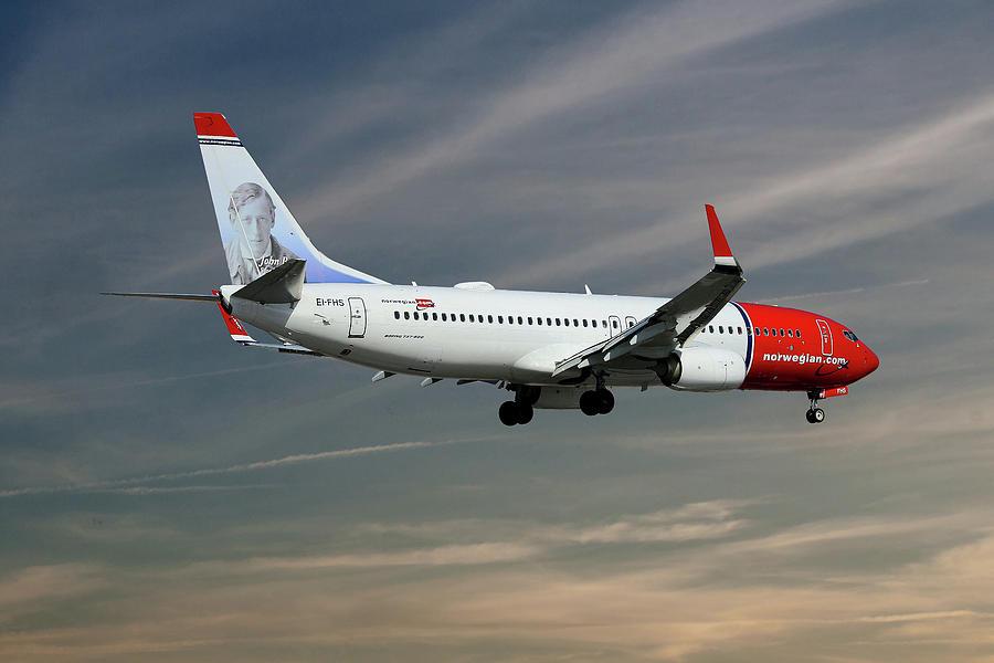 Norwegian Photograph - Norwegian Boeing 737-8jp by Smart Aviation