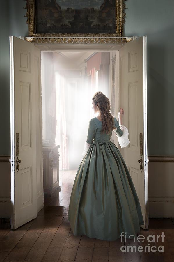 18th Century Georgian Woman Standing At The Doorway