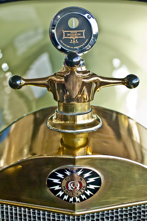 Boyce Motometer Photograph - 1917 Owen Magnetic M-25 Hood Ornament 2 by Jill Reger