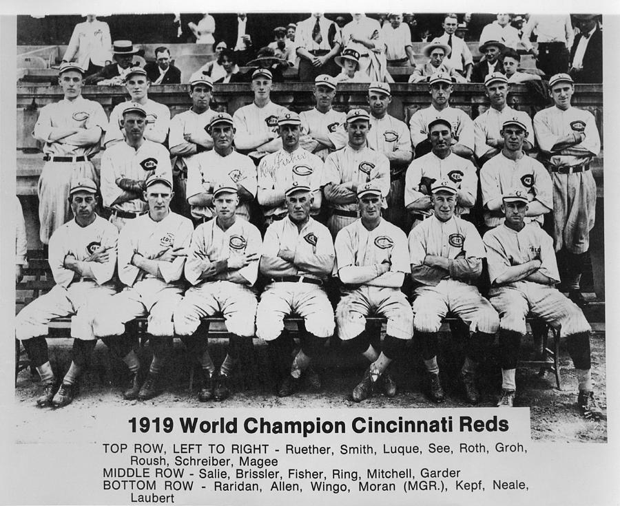 f0bff17ecdbd 1919 Photograph - 1919 World Champion Cincinnati Reds by Mountain Dreams