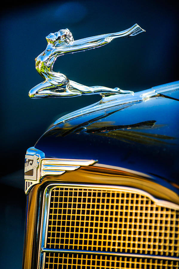 1934 Buick Series 96 C Convertible Coupe Hood Ornament
