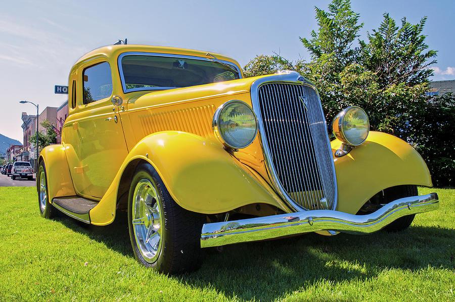 1934 Ford 5-window Street Rod Photograph by John Bartelt