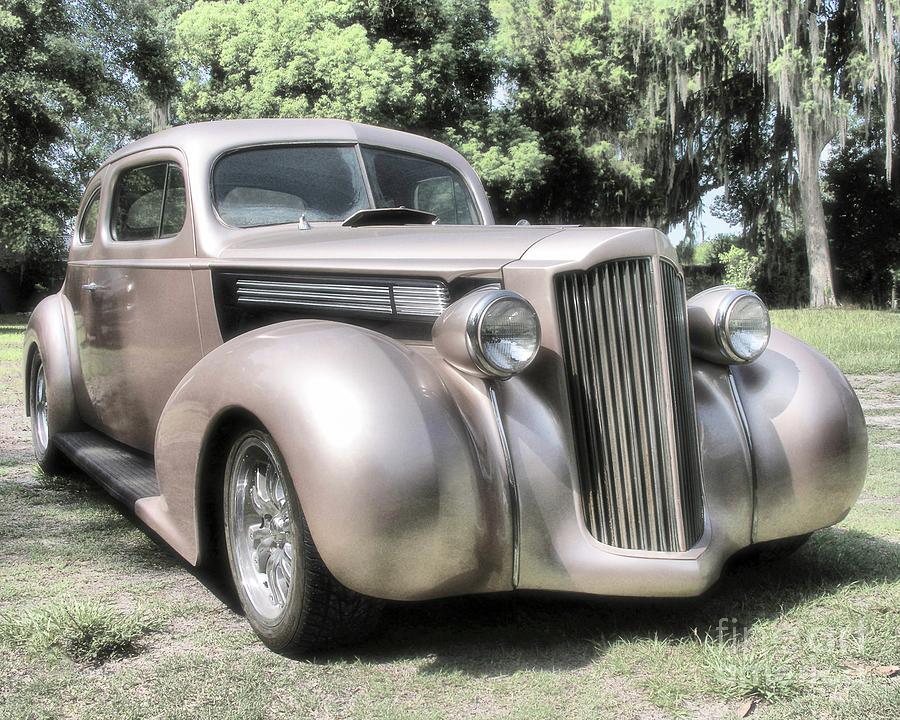 Classic Cars Photograph - 1939 Packard Coupe by Richard Rizzo