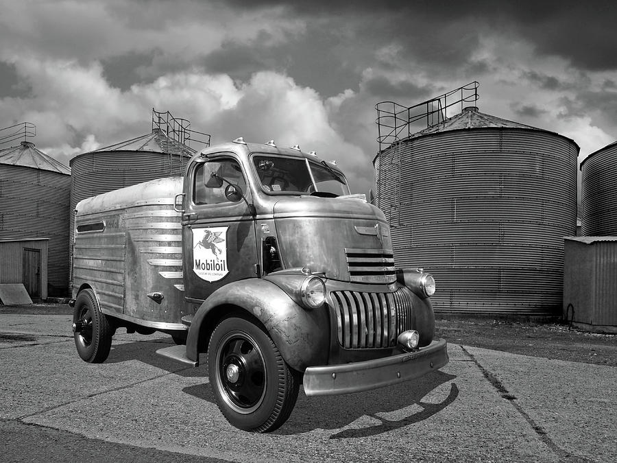 1942 Mobil Oil Chevy Truck Photograph By Gill Billington