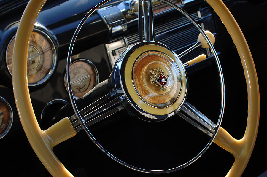 1947 Buick Eight Super Steering Wheel