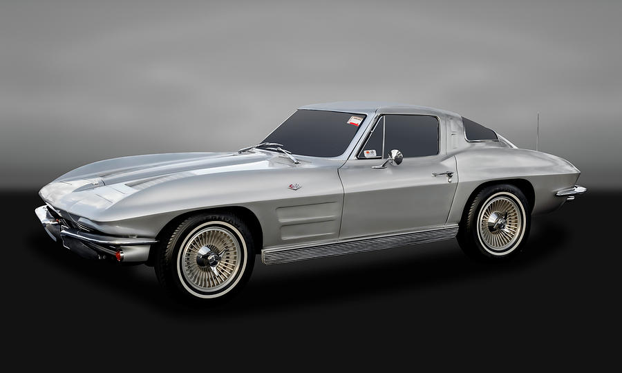 1963 Chevrolet C2 Corvette Stingray Split Window Coupe - 63vettespwgry9365