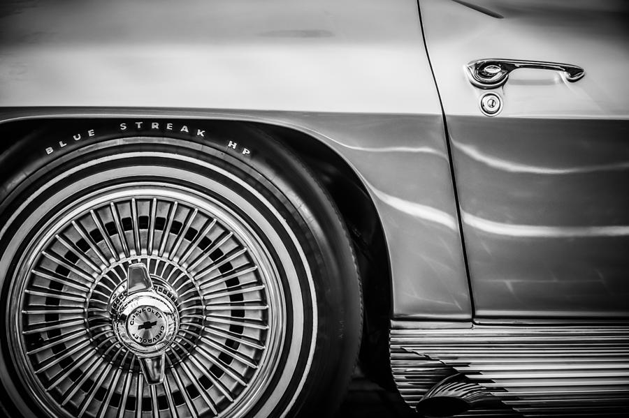Transportation Photograph - 1964 Chevrolet Corvette Sting Ray Gm Styling Coupe Wheel -1803bw by Jill Reger