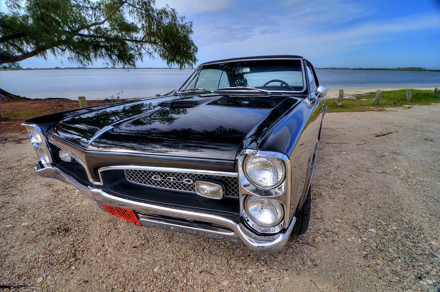 1967 GTO 05 by Jonathan Sabin