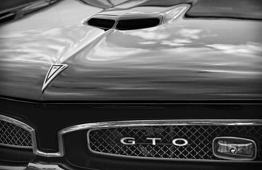 1967 Photograph - 1967 Pontiac Gto by Gordon Dean II