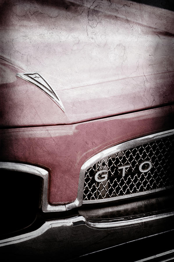 2a1493c06 1967 Pontiac Gto Grille Emblem -0438ac Photograph by Jill Reger