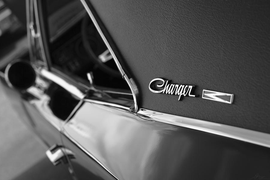 1968 Photograph - 1968 Dodge Charger R/t by Gordon Dean II