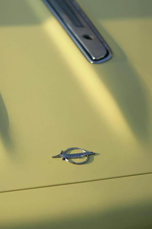 1968 Photograph - 1968 Plymouth Barracuda by Gordon Dean II