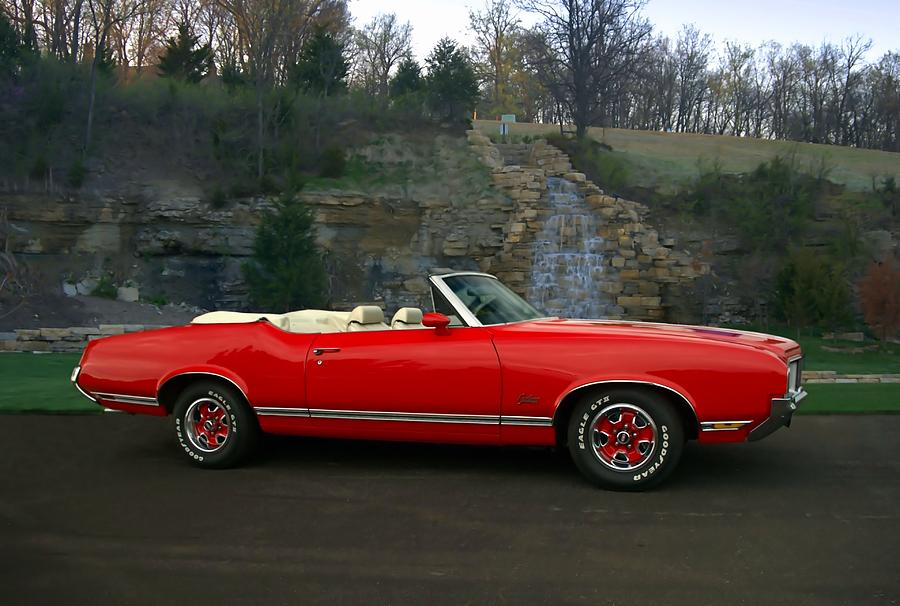 1970 oldsmobile cutlass supreme convertible photograph by. Black Bedroom Furniture Sets. Home Design Ideas