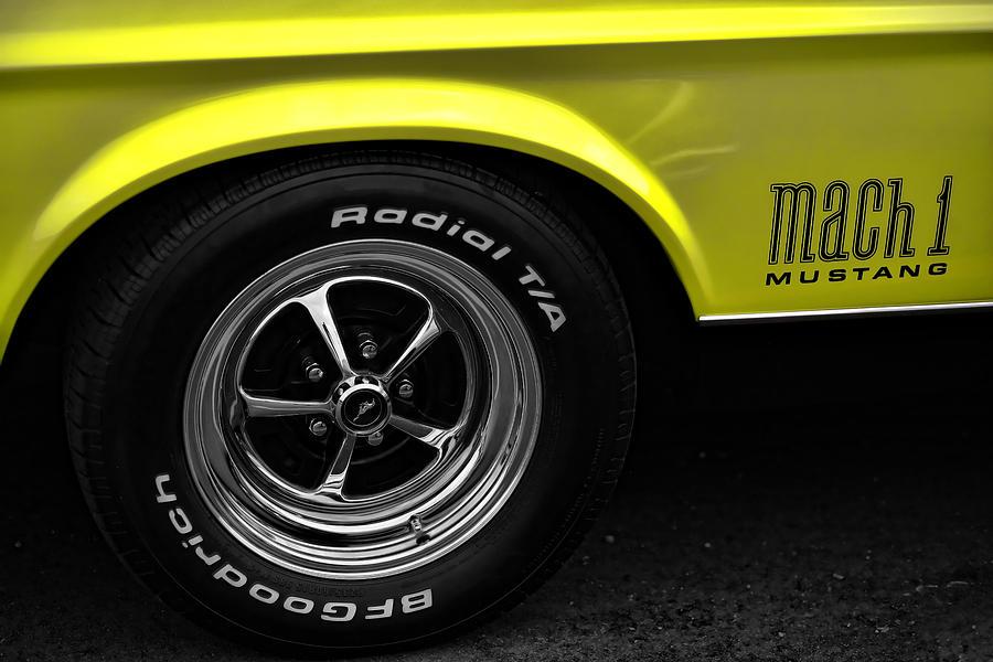 1971 Photograph - 1971 Ford Mustang Mach 1 by Gordon Dean II