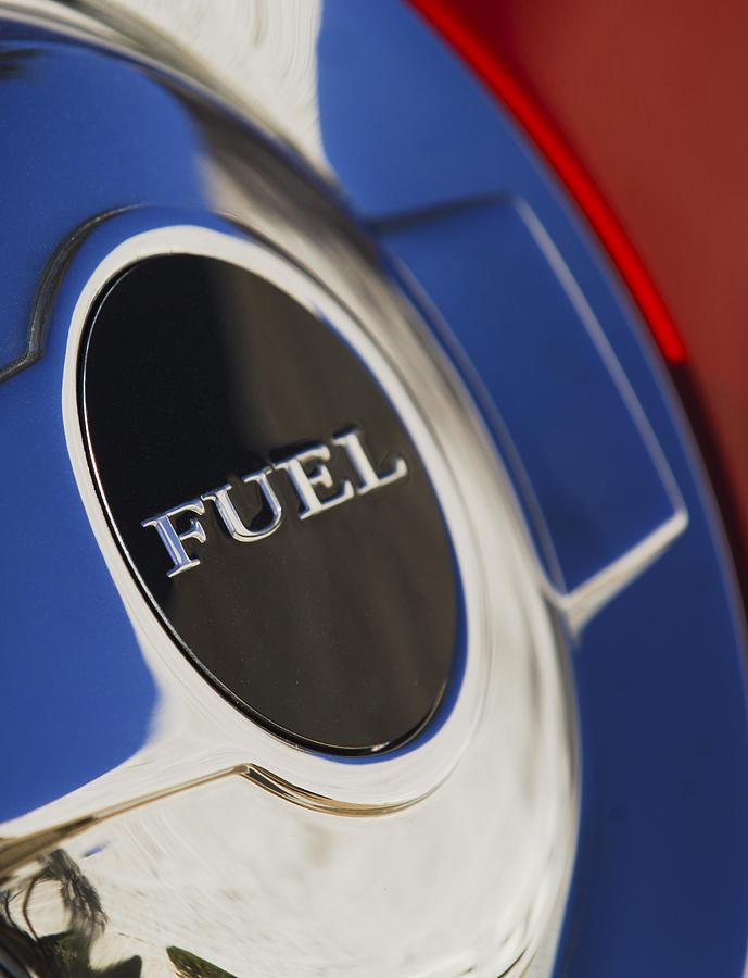 Fuel Photograph - 1987 Porsche Carrera Coupe Gas Cap by Jill Reger