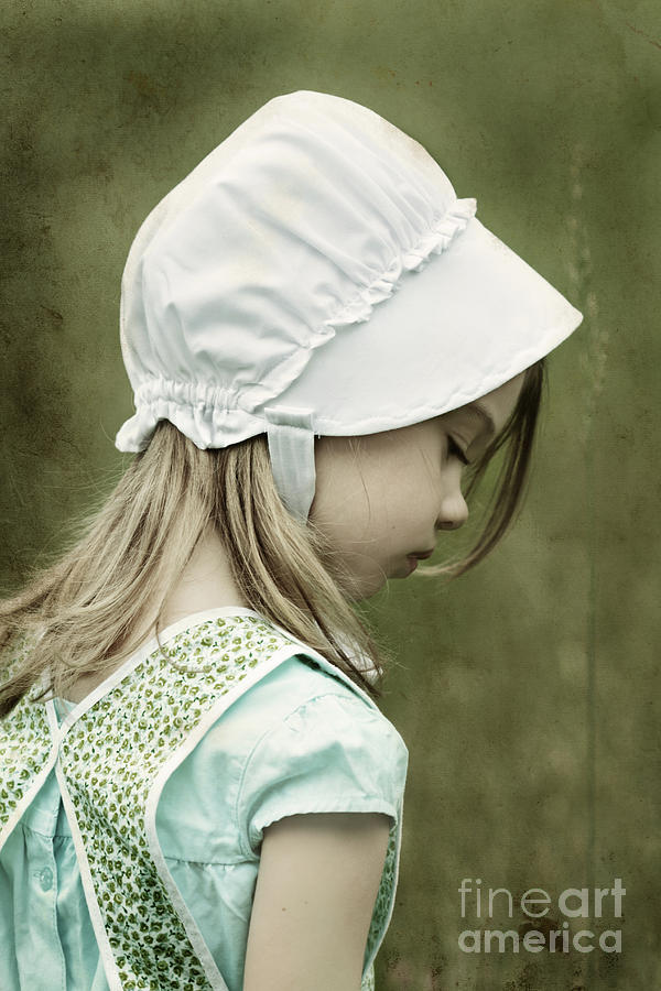 Amish Photograph - Amish Child by Stephanie Frey