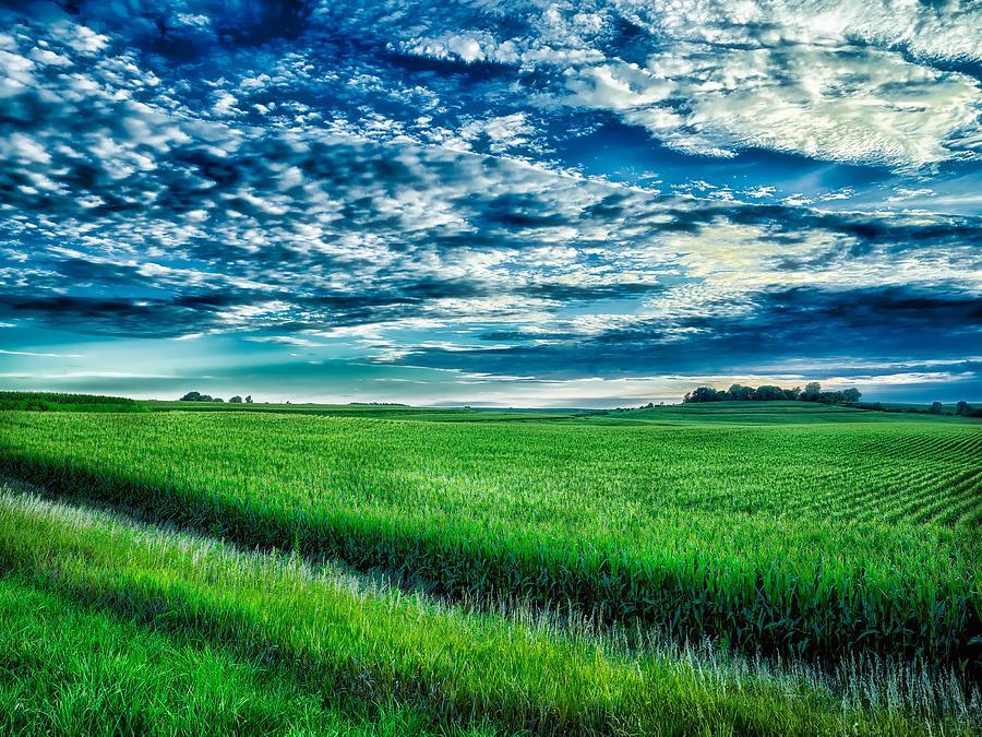 Iowa Photograph - An Iowa Sunset by Mountain Dreams