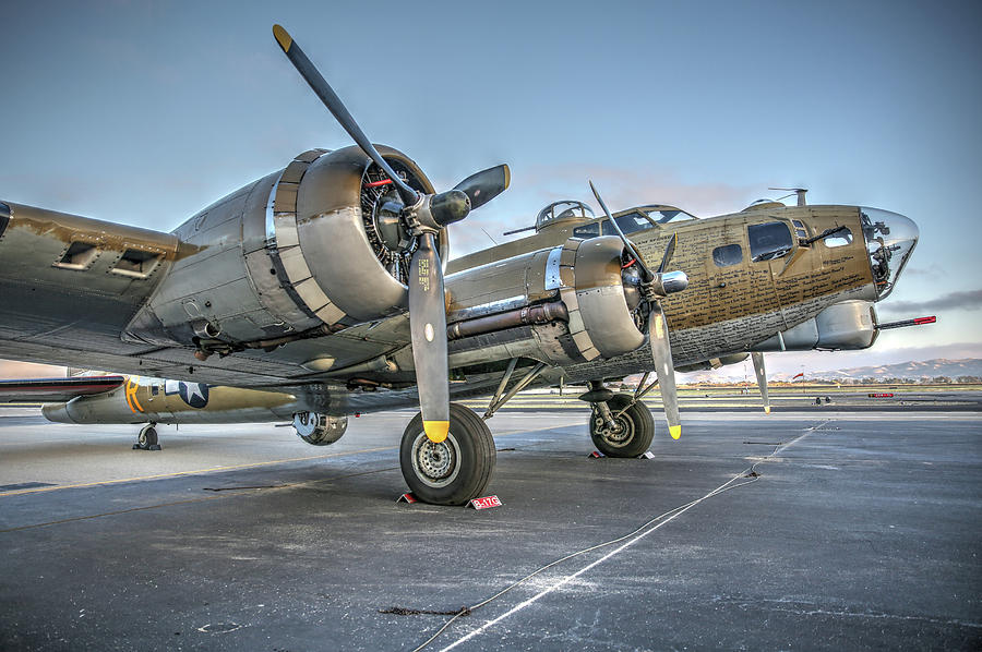B17 Flying Fortress On The Ramp At Livermore Photograph by John King