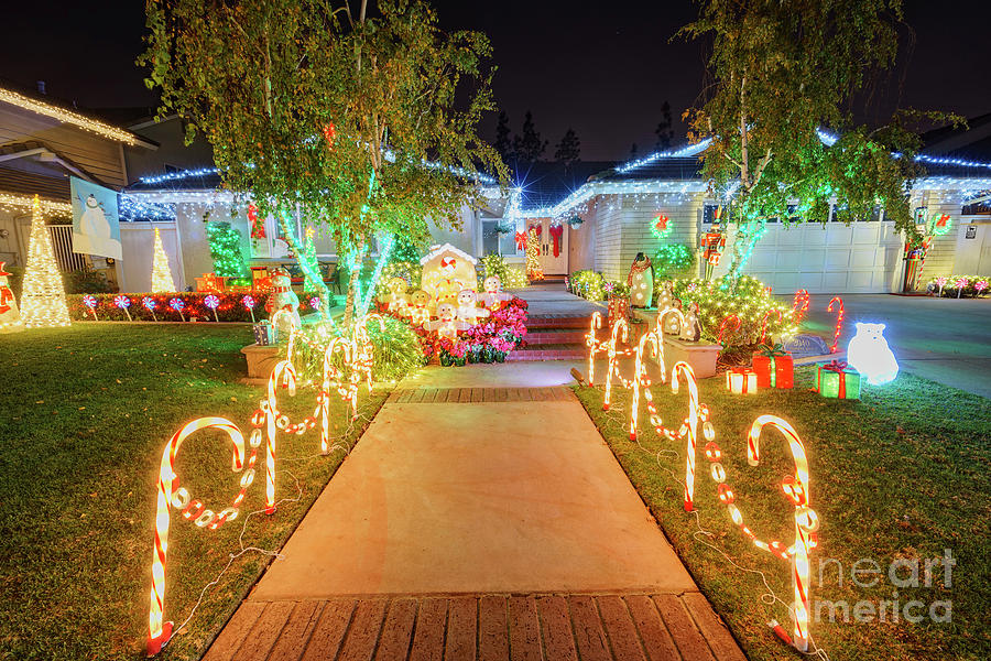 Brea Christmas Lights.Beautiful Christmas Decoration At Brea Neighborhood