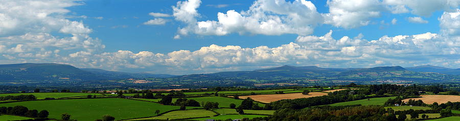 Black Mountains Photograph - Black Mountains And Vale Of Usk by Tom Wade-West