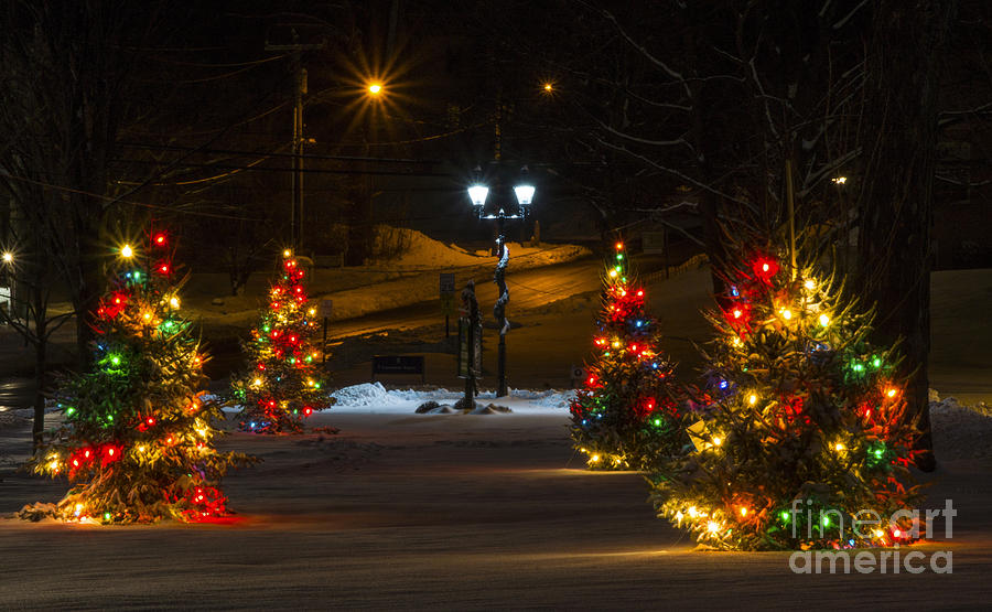 Christmas in New Milford. by New England Photography