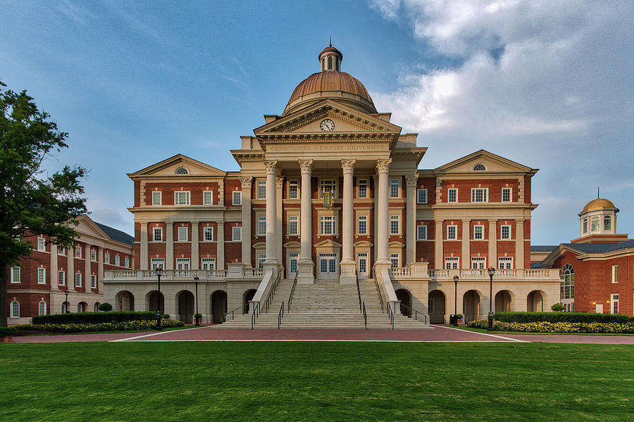 Christopher Newport Hall by Jerry Gammon
