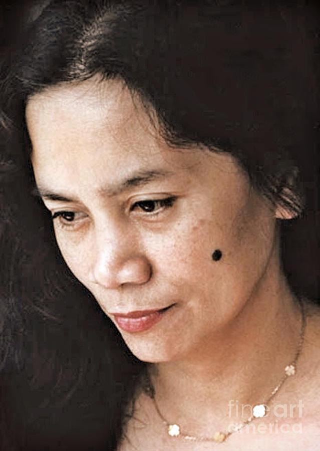 Filipina Photograph - Filipina Beauty With A Mole On Her Cheek by Jim Fitzpatrick