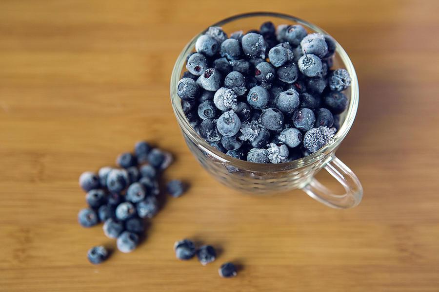 frosen blueberry-н зурган илэрц