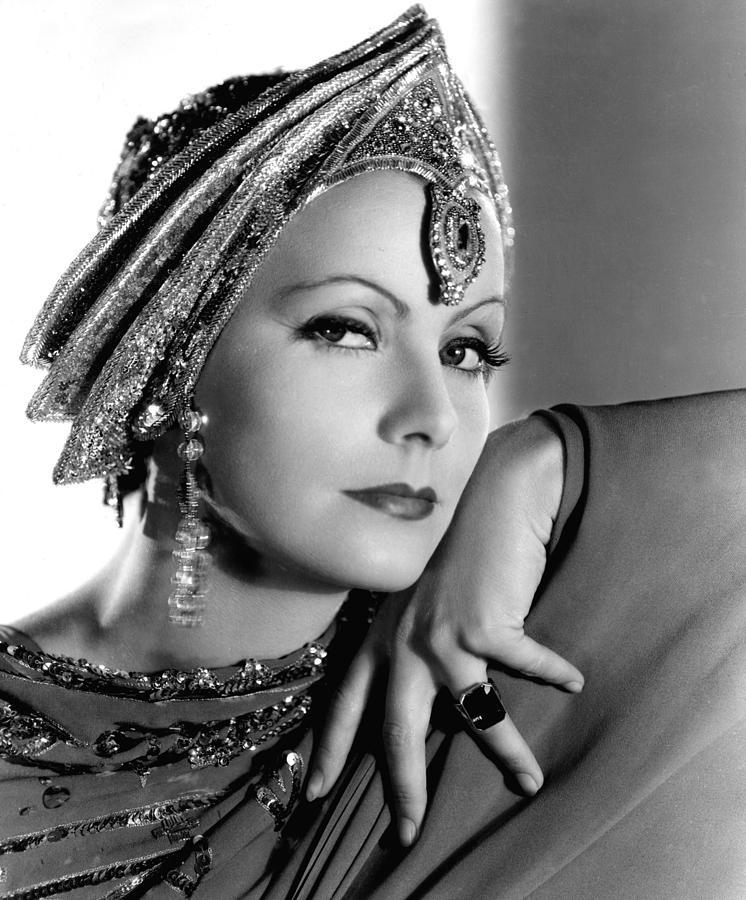 Fotografie filme din anii 1930 - Mata Hari, Greta Garbo, Portret de Everett