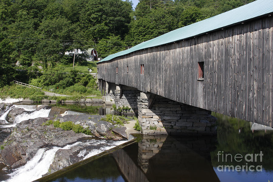 New Hampshire Photograph - New Hampshire Covered Bridge by Stan and Anne Foster