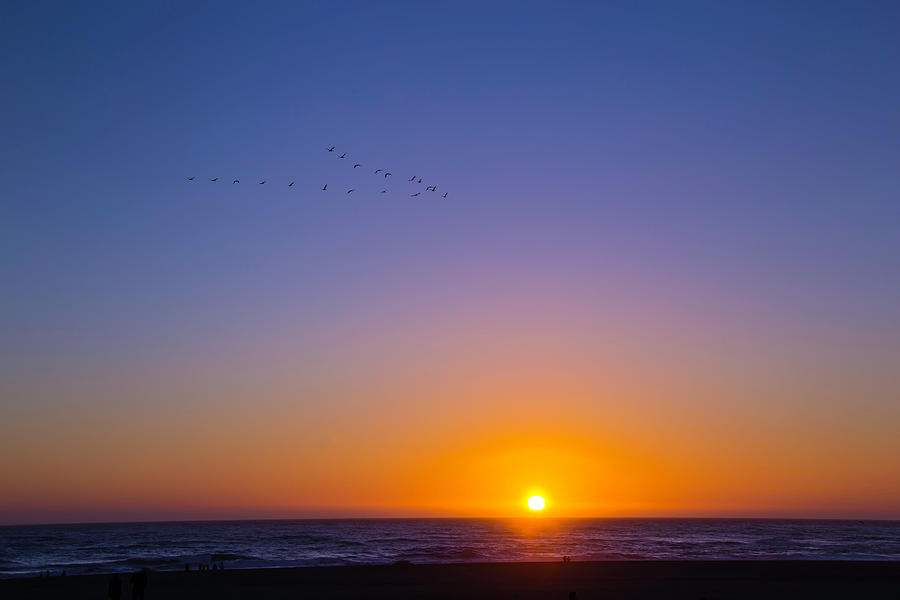 Color Photograph - Pacific Sunset by Garry Gay