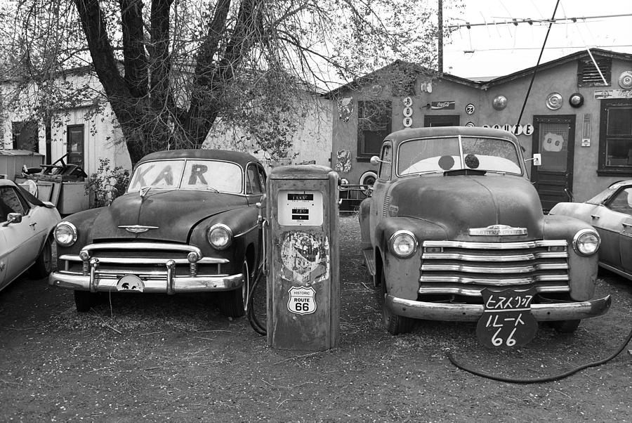 66 Photograph - Route 66 - Snow Cap Drive-in by Frank Romeo