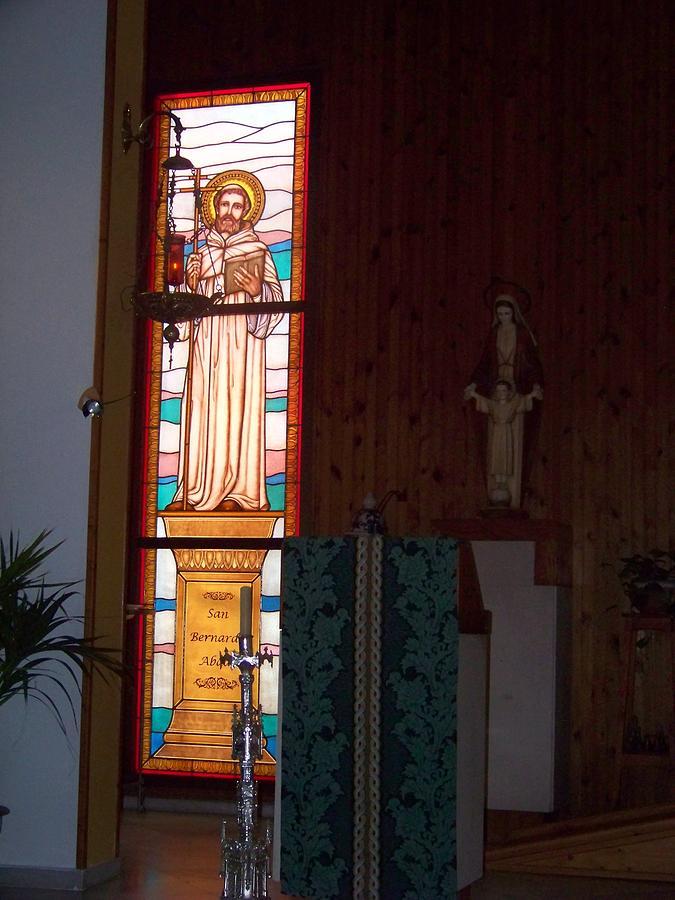 San Bernardo Glass Art - San Bernardo Abad 2 by Justyna Pastuszka