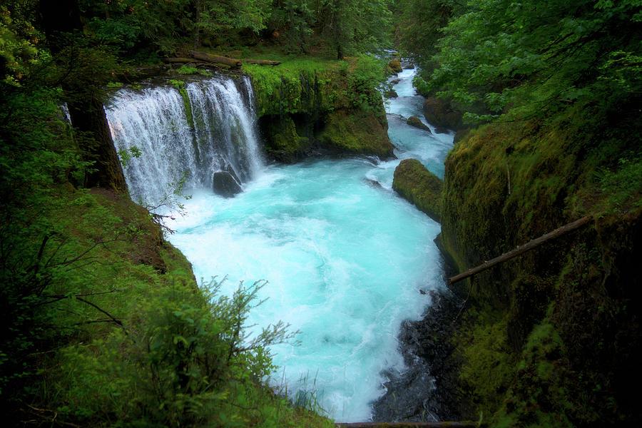 Spirit Falls Photograph by Alex Kleist