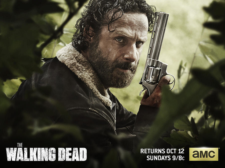 The Walking Dead Digital Art - The Walking Dead by Dorothy Binder