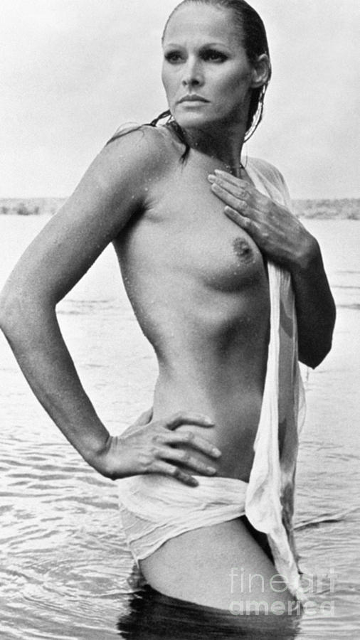 1960s Photograph - Ursula Andress (b. 1936) by Granger