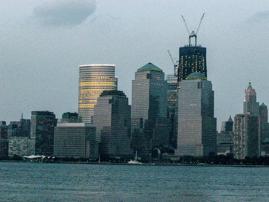 2011 photo of the Freedom Tower under Construction ...