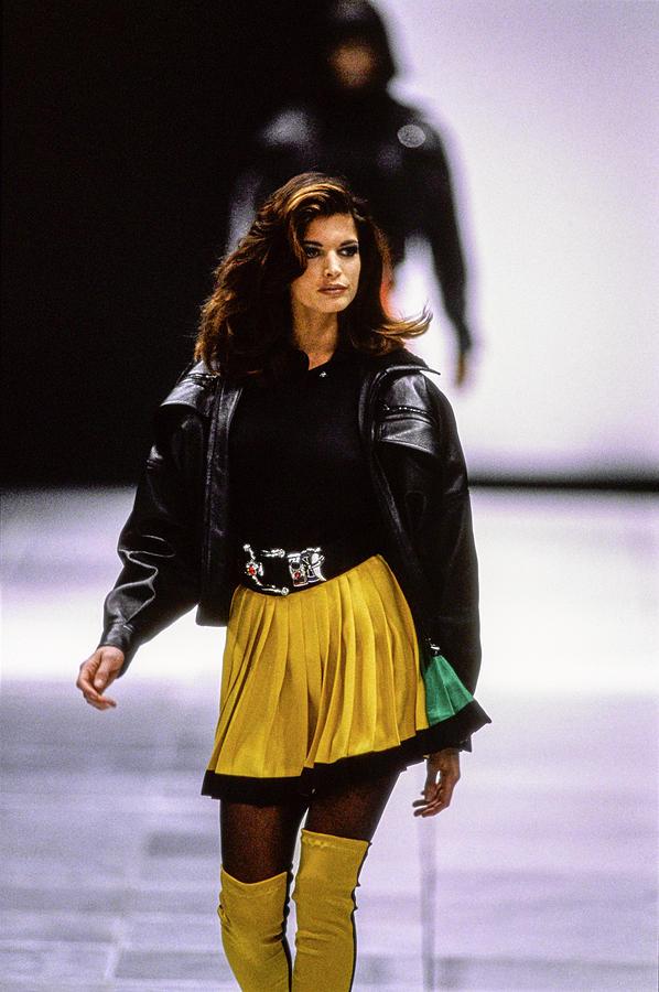 Versace Fall 1991 Rtw Show 22 Photograph by Guy Marineau