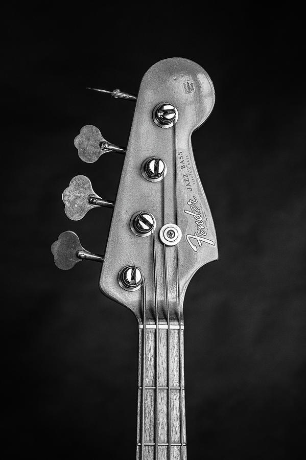 2811834 Fender 1965 Jazz Bass Black And White