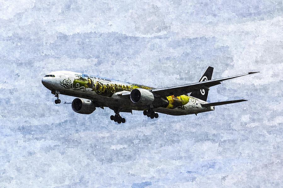 The Hobbit Photograph - Air New Zealand Hobbit Boeing 777 Art by David Pyatt