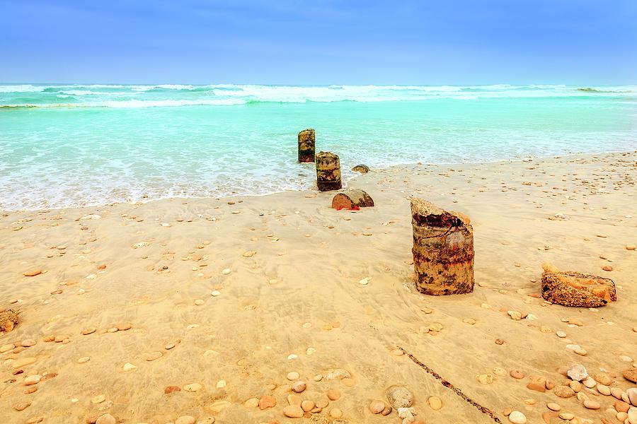 Al Mughsayl Beach Photograph