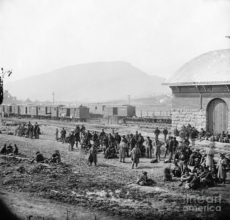 1864 Photograph - Civil War: Prisoners, 1864 by Granger