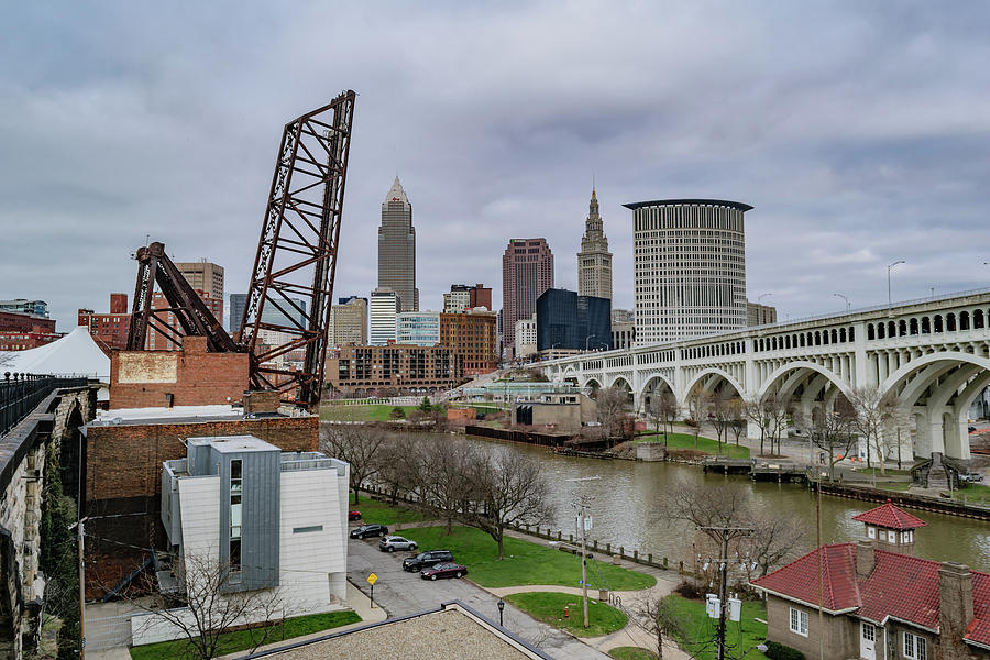 Belt Photograph - Cleveland Skyline by Cityscape Photography
