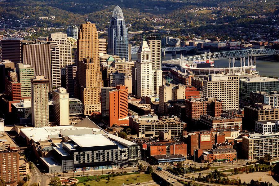 Cincinnati Photograph - Downtown Cincinnati by Mountain Dreams
