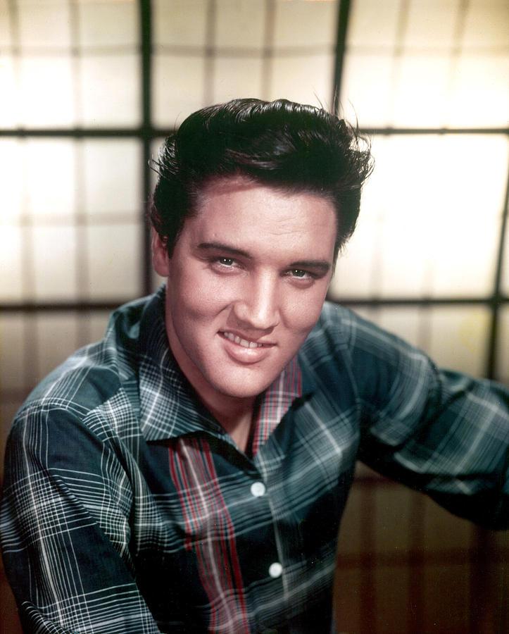 1950s Portraits Photograph - Elvis Presley by Everett