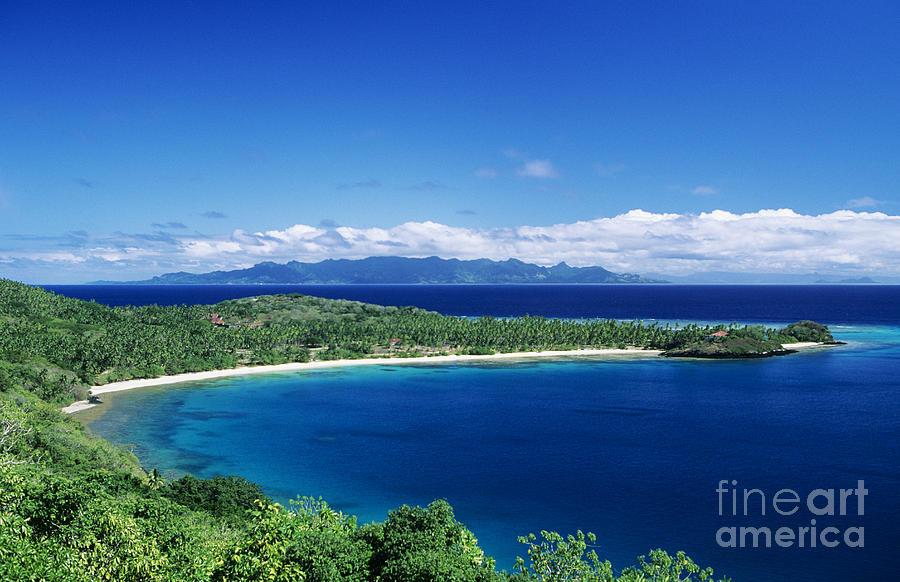 Bay Photograph - Fiji Wakaya Island by Larry Dale Gordon - Printscapes