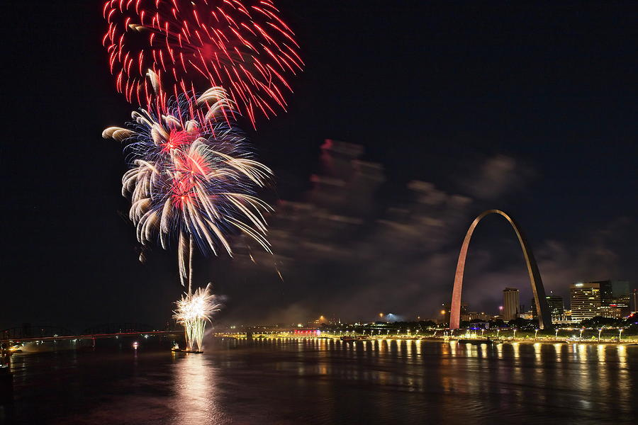 Fireworks at the Arch - 1 by Harold Rau