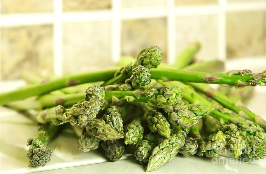Asparagus Photograph - Green Asparagus by Blink Images